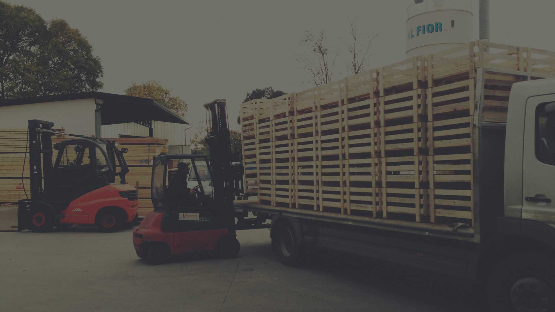 Product loading at Fratelli Dal Fior factory