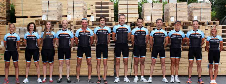 New dress for the cycling team on the occasion of the anniversary of the company Dal Fior