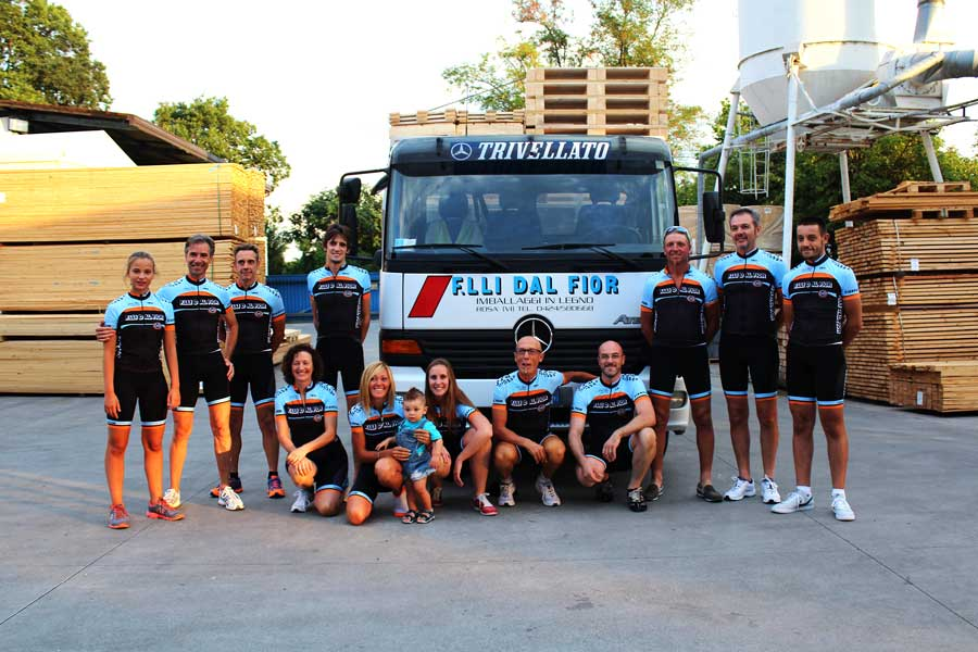 Photo at the factory of the cycling team sponsorized from the company Dal Fior